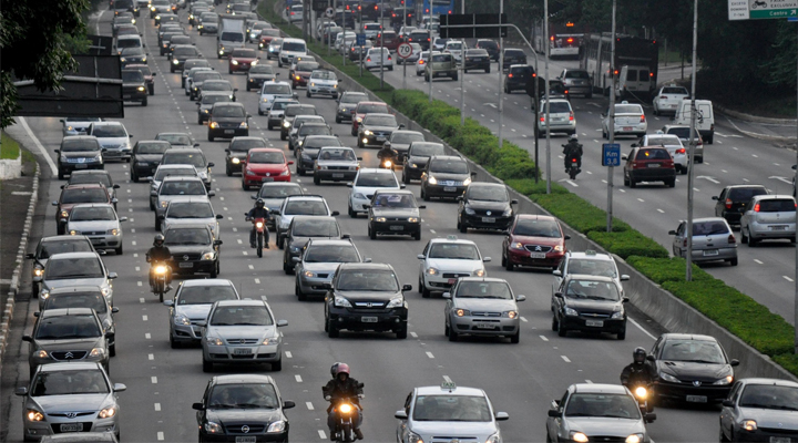 Empresa responde por risco a que funcionário está sujeito no trânsito