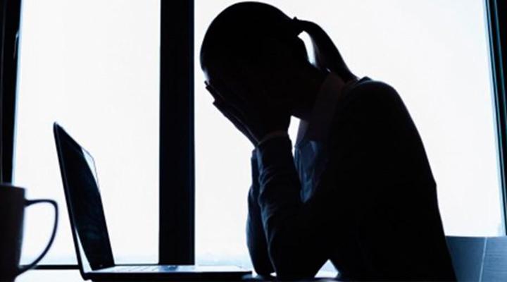 Empresa deve indenizar chefe ridicularizada por duas subordinadas