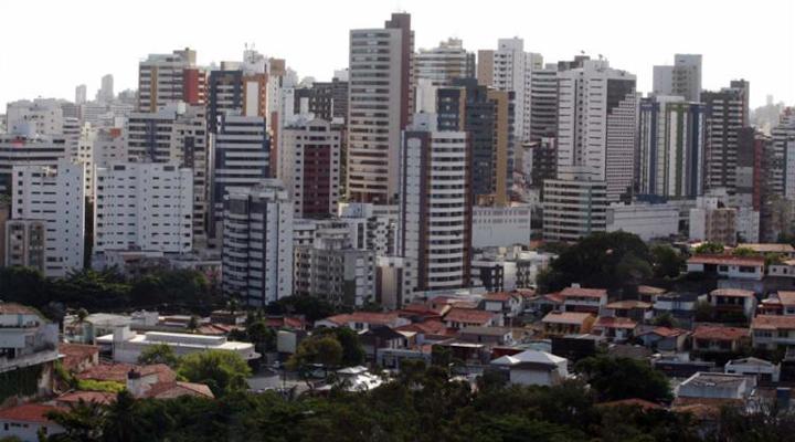Justiça suspende cobrança antecipada do ITIV em Salvador