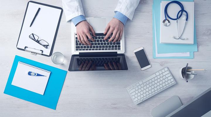 O uso do whatsapp por profissionais médicos