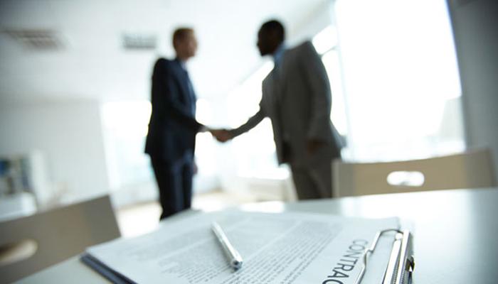 Empresas usam acordos extrajudiciais para acertar as contas com empregados