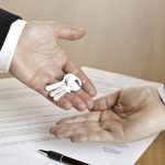 Dicas para revisar o valor do seu contrato de locação comercial